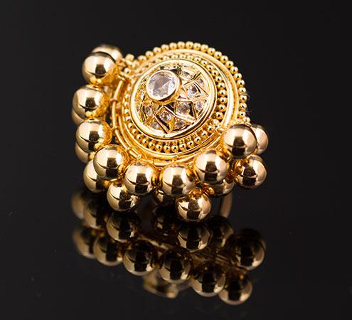Golden Top Ring